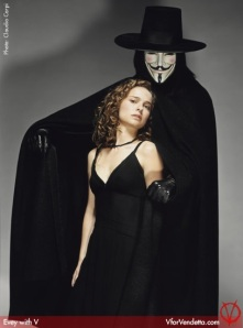 V-for-Vendetta-Promotional-Photoshoot-v-for-vendetta-23479133-407-550